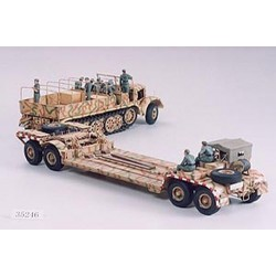 TAMIYA FAMO and Tank Transporter (35246)