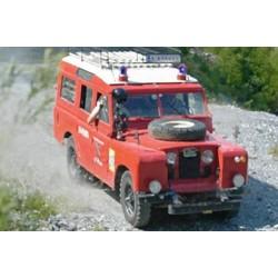 ITALERI LAND ROVER FIRE TRUCK (3660)