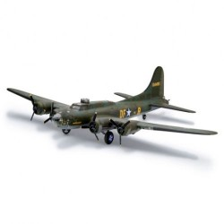 """REVELL B-17F """"Memphis Belle"""" (04297)"""